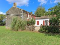 houses and homes for sale inSURINDeux_Sevres Poitou_Charentes