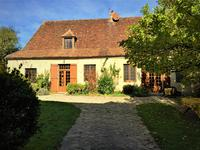 French property for sale in HAUTEFORT, Dordogne - €339,000 - photo 3