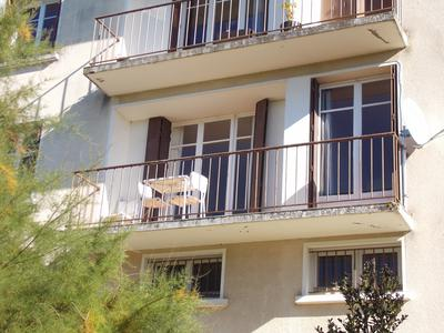 Maison à vendre à BELLAC, Haute_Vienne, Limousin, avec Leggett Immobilier