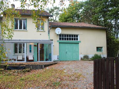 French property, houses and homes for sale in MONTROLLET Charente Poitou_Charentes