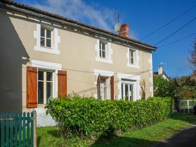 French property, houses and homes for sale in MOULISMES Vienne Poitou_Charentes