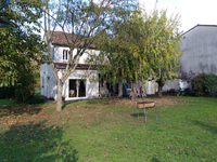 French property for sale in LAMOTHE MONTRAVEL, Dordogne - €583,000 - photo 2