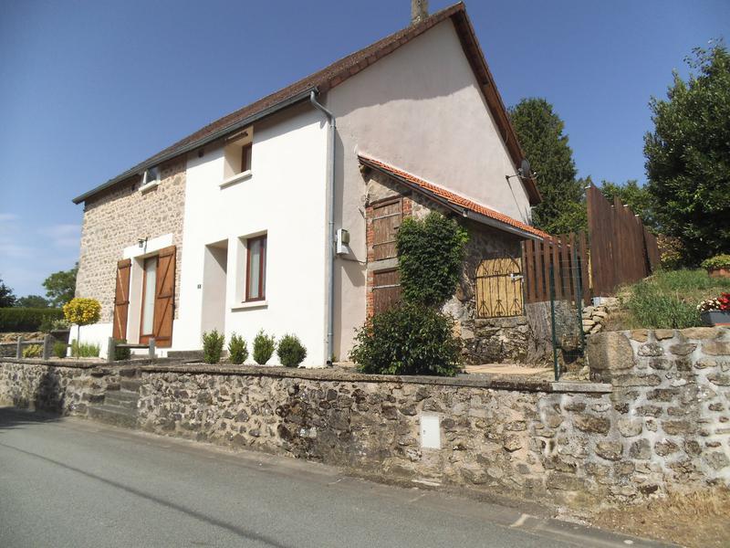 Maison à vendre à CEYROUX(23210) - Creuse