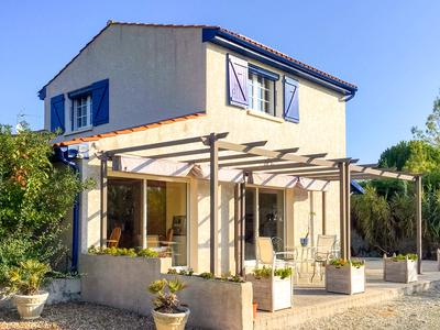 French property, houses and homes for sale in CHARRON Charente_Maritime Poitou_Charentes
