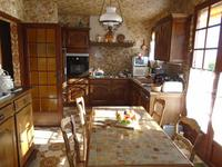 French property for sale in LAIROUX, Vendee - €194,400 - photo 5