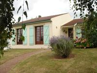 French property for sale in LAIROUX, Vendee - €194,400 - photo 3