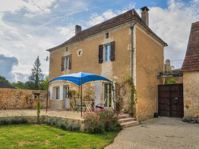 French property, houses and homes for sale in SAVIGNAC LES EGLISES Dordogne Aquitaine