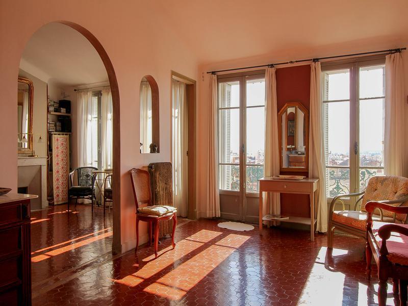 appartement vendre en paca var hyeres hy res appartement spacieux et lumineux dans un. Black Bedroom Furniture Sets. Home Design Ideas