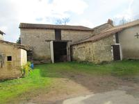 houses and homes for sale inSt Martin L ArsVienne Poitou_Charentes