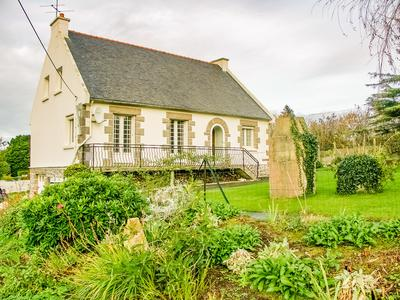 French property, houses and homes for sale in PLOUGRESCANT Cotes_d_Armor Brittany