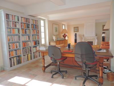 Exceptional Bastide stunning views close to Popular village