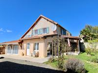 French property, houses and homes for sale inESTAMPESGers Midi_Pyrenees