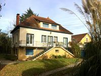 Charmante maison de village individuelle avec jardin et garage