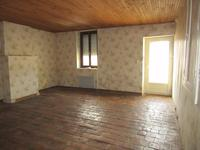 French property for sale in NIEUIL L ESPOIR, Vienne - €189,000 - photo 4