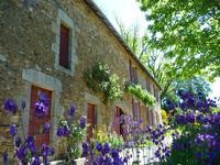 grange à vendre à MEILHARDS, Correze, Limousin, avec Leggett Immobilier