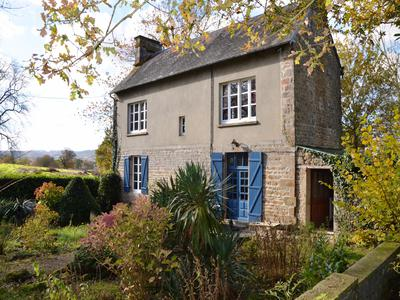 French property, houses and homes for sale in ST GERMAIN DE TALLEVENDE Calvados Normandy