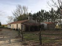 French property for sale in STE RADEGONDE DES NOYERS, Vendee - €630,700 - photo 4