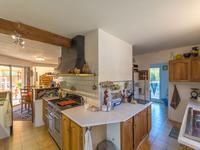 French property for sale in BAGNOLS EN FORET, Var - €598,000 - photo 3