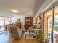 French property for sale in BAGNOLS EN FORET, Var - €598,000 - photo 7