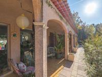 French property for sale in BAGNOLS EN FORET, Var - €598,000 - photo 9