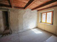 French property for sale in ST JEAN DE BELLEVILLE, Savoie - €139,000 - photo 6