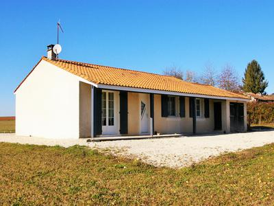 French property, houses and homes for sale in LA MAGDELEINE Charente Poitou_Charentes