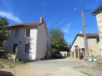 French property for sale in LUSSAC LES CHATEAUX, Vienne photo 9