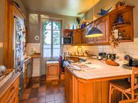 Maison à vendre à CHARBONNIERES LES BAINS en Rhone photo 4