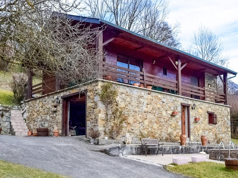 house for sale in bezins garraux haute garonne beautiful stone and wood chalet situated in a. Black Bedroom Furniture Sets. Home Design Ideas