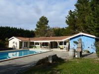 Maison de plain pied, piscine 12x6, jardin clos