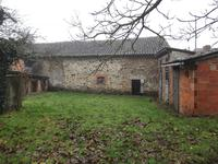 French property for sale in MONTROLLET, Charente - €41,600 - photo 7