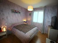 Maison à vendre à CHALAIS en Charente - photo 6