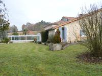 French property for sale in GARDES LE PONTAROUX, Charente - €371,000 - photo 1