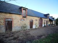 French property for sale in LA ROUAUDIERE, Mayenne - €129,800 - photo 2