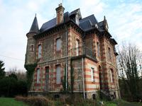 French property for sale in GUINGAMP, Cotes d Armor - €289,149 - photo 2