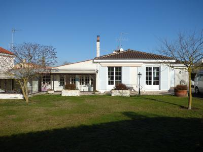 French property, houses and homes for sale in MARANS Charente_Maritime Poitou_Charentes
