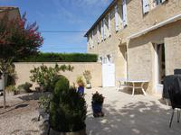 French property for sale in PUJOLS, Gironde - €450,000 - photo 3