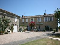 houses and homes for sale inPUJOLSGironde Aquitaine