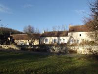 French property for sale in PREUILLY SUR CLAISE, Indre et Loire - €180,830 - photo 9