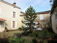French property for sale in MONTIGNAC CHARENTE, Charente - €147,150 - photo 5
