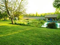 Maison à vendre à ST PAUL LIZONNE en Dordogne - photo 1