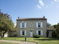 French property, houses and homes for sale in FONTAINE LE COMTE Vienne Poitou_Charentes