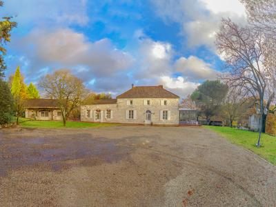 French property, houses and homes for sale in PUJOLS Lot_et_Garonne Aquitaine