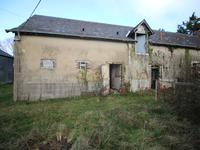 French property for sale in AMPOIGNE, Mayenne - €85,800 - photo 3