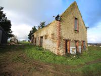 French property for sale in AMPOIGNE, Mayenne - €162,000 - photo 2