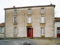 French property, houses and homes for sale inAZAY SUR THOUETDeux_Sevres Poitou_Charentes