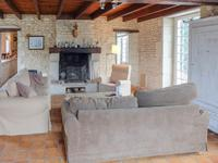 French property for sale in AUMAGNE, Charente Maritime - €371,000 - photo 8
