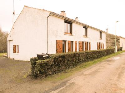 French property, houses and homes for sale in DOIX Vendee Pays_de_la_Loire