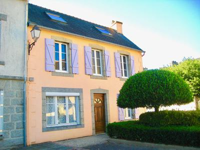 French property, houses and homes for sale in LE CLOITRE PLEYBEN Finistere Brittany