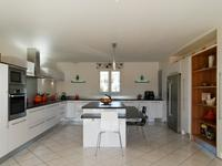 French property for sale in MORMOIRON, Vaucluse - €675,000 - photo 4